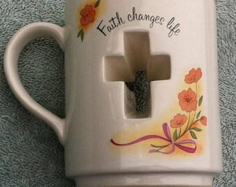 Unusual Papel 'Faith Changes Life' coffee mug