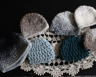 handmade crochet hats (newborns-adults)