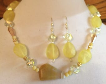 Yellow Bliss Necklace W/Earrings