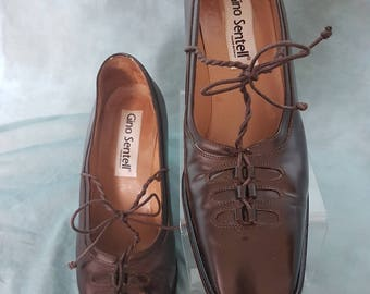 1970s ladies leather shoes