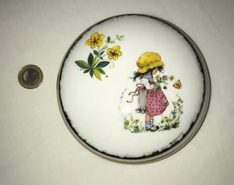 Little girl jewelry set porcelain box