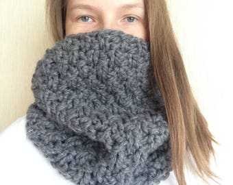 Chunky Scarf Chunky knitted scarf Gray knit snood Gray knit scarf Knitted women scarf Knit women snood Knit women clamp Knit women clothes