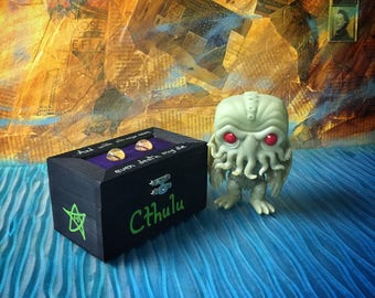 H.P. Lovecraft Cthulu jewelry/keepsake box