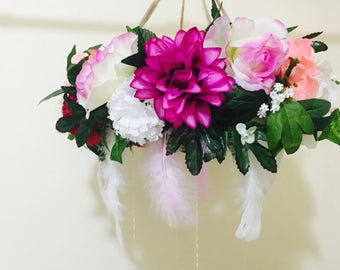 Floral hangine mobile