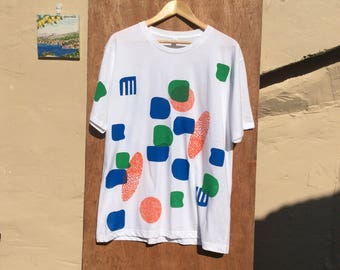 XLarge Summer white T-shirt with blue, green and orange screen printed shapes