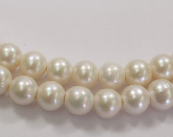 Half Strand 9 to 10 mm Large Hole Natural White Freshwater Pearl Beads 2.2mm Hole, Large Hole White Freshwater Pearls  (16-LHRW0910)