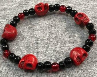 Red skull stretch bracelet