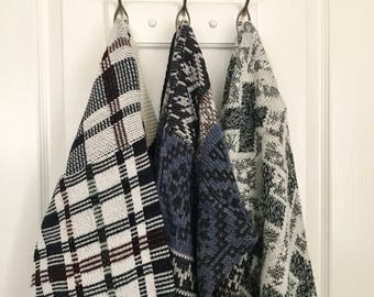 PICK ONE! vintage chunky knit sweaters