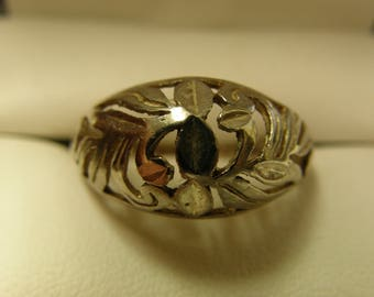 Sterling Silver Floral Filigree Ring  - Size 9 1/2