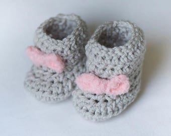 Handmade Crocheted Gray Baby Booties With A Pink Bow
