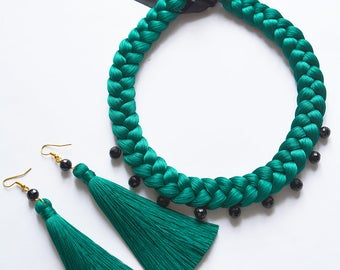 Silk emerald set: necklace, earrings-brushes and sotuar with black crystal beads.