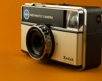 Kodak Instamatic 155x / 1971-77 Vintage Camera