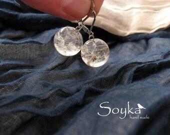 Earrings with dandelion seeds