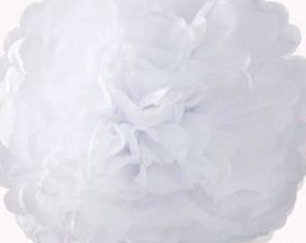 3 PomPoms in white tissue paper of 20/30 and 40 cm to 4.80 euros.