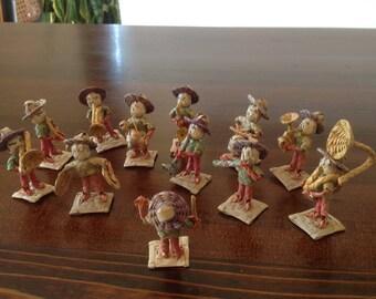Mexican Folk Art: Miniature 12 Piece Woven Fiber Mariachi Band