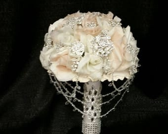Rhinestone Brooch Bouquet Ivory & Blush