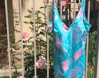 1980s Hawaiian Floral Vintage one piece Swimsuit