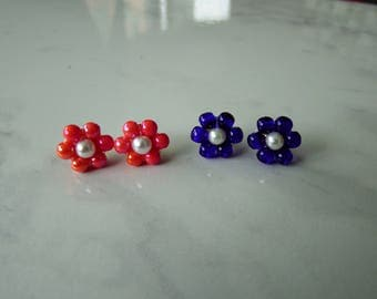 Small flowers stud earrings - Set of 2 PAIRS - tiny pearls flowers - flower earrings