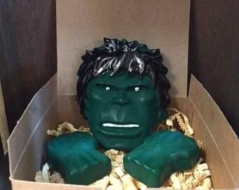 Incredible Hulk crayon gift box set