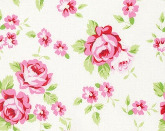 Fat Quarter Tanya Whelan - Rambling Rose - Happy Rose White by FreeSpirit Fabrics Cotton Quilting Fabric