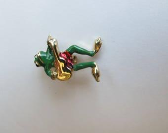 Frog pin gold tone
