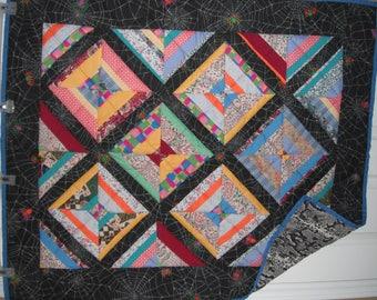 Diamond design baby quilt