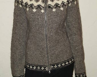 gray,white and black wool sweater