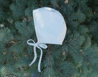 Gray stripes bonnet