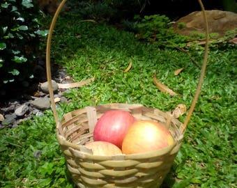 Bamboo basket (small)
