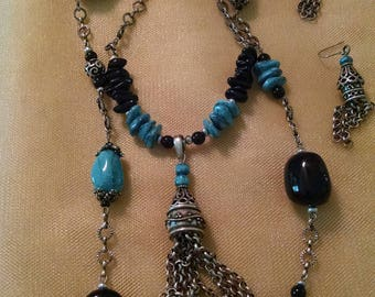 Turquoise and Black with Silver tone chain necklace and earrings.
