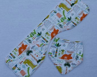 Bib and Burp cloth gift set
