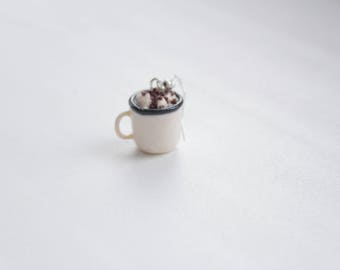Miniaturae cup of coffee
