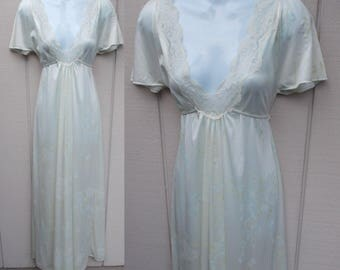 Vintage 70s Pale floral Lacey Tie-Back Nylon Tricot Maxi Nightgown by Tom Bezduda for Barad // Sz Med