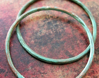 35mm Hammered Copper Soldered Circles in Verdigris - 1 pair - 14 gauge Patina Links