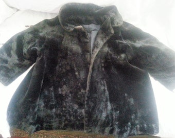 Adorable black fur coat for little girl, antique/vintage, very good condition, very warm, perfect for winter!!