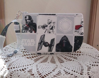 Star Wars Clutch Wristlet Zipper Gadget Purse Pouch