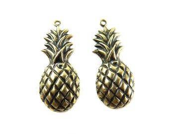 Antiqued Brass Pineapple Charms (6x) (M877-E)