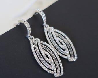 Bridal Earrings Crystal Drop Wedding Earrings Statement Bridal Earrings Vintage Wedding Rhinestone Earrings Bridal Jewelry Dangle Earrings