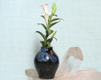 Miniature Black Vase with Lovely Blue Crystal Blossoms and Lilies in One Inch Dollhouse Scale