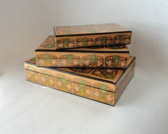 Vintage Lacquer 3pc Nesting Box Set Exotic Green & Gold Kashmir Paper Mache Dresser Cigar Box Hand Painted Lid Trinket Hostess Rectangular