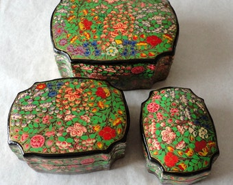 Baroque Apple Blossom India Lacquered Paper Mache 3pc Nesting Box Set Vintage Kashmir Trinket Box India Handpainted Hostess Gift Keepsake