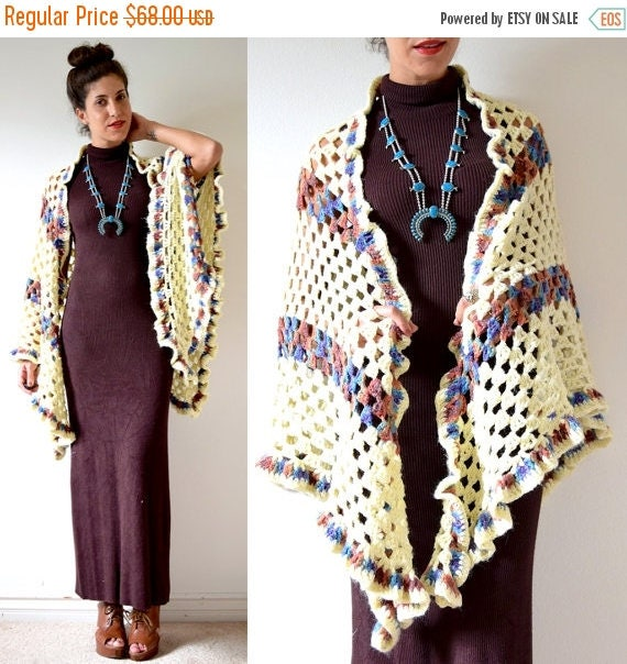SALE SECTION / 50% off Vintage 60s 70s Crocheted Triangle Shawl