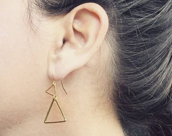 Gold Triangle Earrings, Modern Gold Earrings, minimalist earrings, Gift For Girlfriend, Gift For Wife, Christmas gift, Bridesmaid earrings