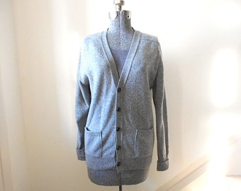Vtg grey LL Bean cardigan lambswool - Made in U.S.A Freeport, Maine - women medium or men small