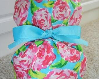 Turn Up Ponytail Scrub Hat with Blush Roses on Blue