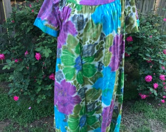 Vintage Ladies' Size 1X Rhapsody Purple, Turquoise and Green Floral Dress