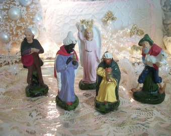 5 vintage nativity scene replacement figures, assorted. 2 kings, 2 shepherds, standing angel. plaster composition material, mid century