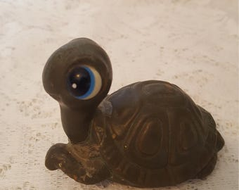 Vintage Big Eyed Turtle