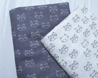 4552 - Smiling Cat Twill Cotton Fabric - 62 Inch (Width) x 1/2 Yard (Length)
