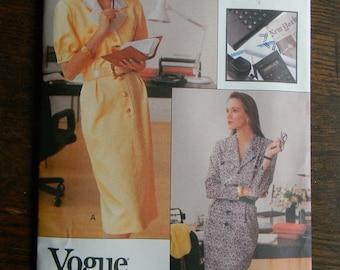 Vintage Vogue Career Dress Pattern #7501, Uncut Sizes 14 thru 18
